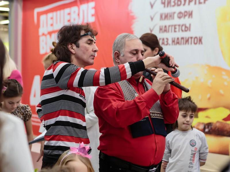 8 марта в ТЦ «Аркада»